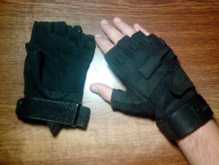 Тактические мать их перчатки